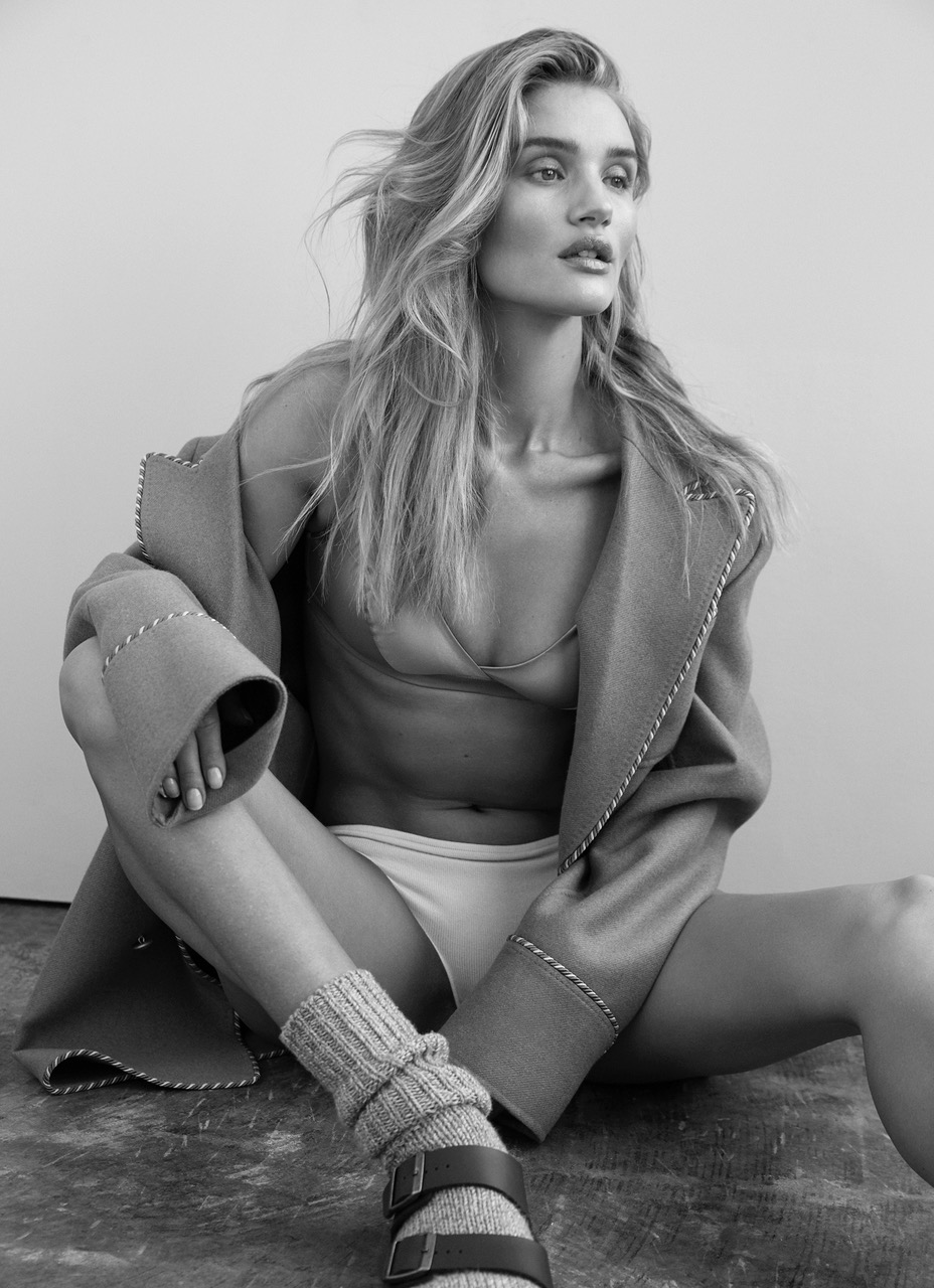 ROSIE_HUNTINGTON_WHITLEY_SHOT_02_284_2514DR_A_ADOBERGB