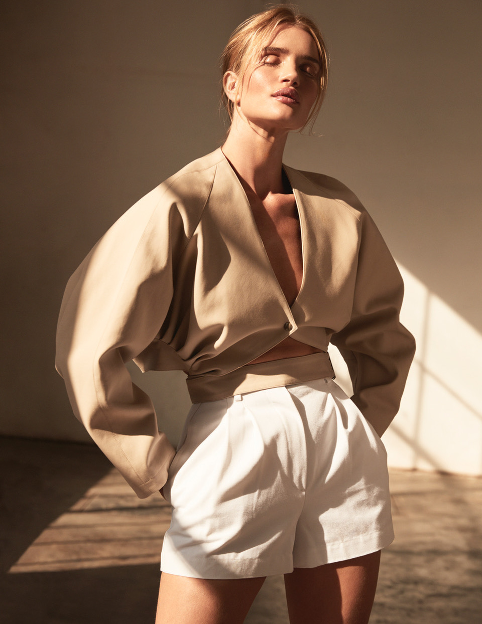 ROSIE_HUNTINGTON_WHITLEY_SHOT_07_043_2514DR_B_ADOBERGB